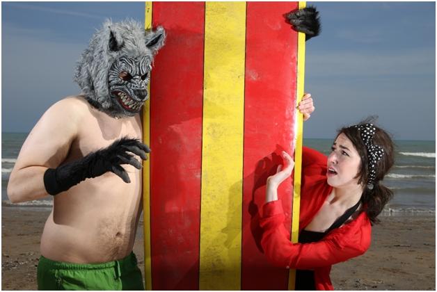 AttackWerewolfBeachMiro-Sandy