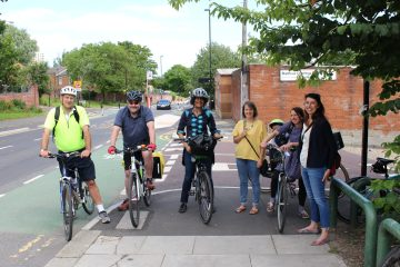 Elswick safari cyclists