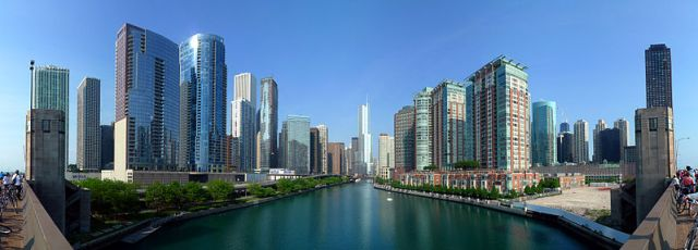 Chicago-River-Panorama. Photographer Unknown.