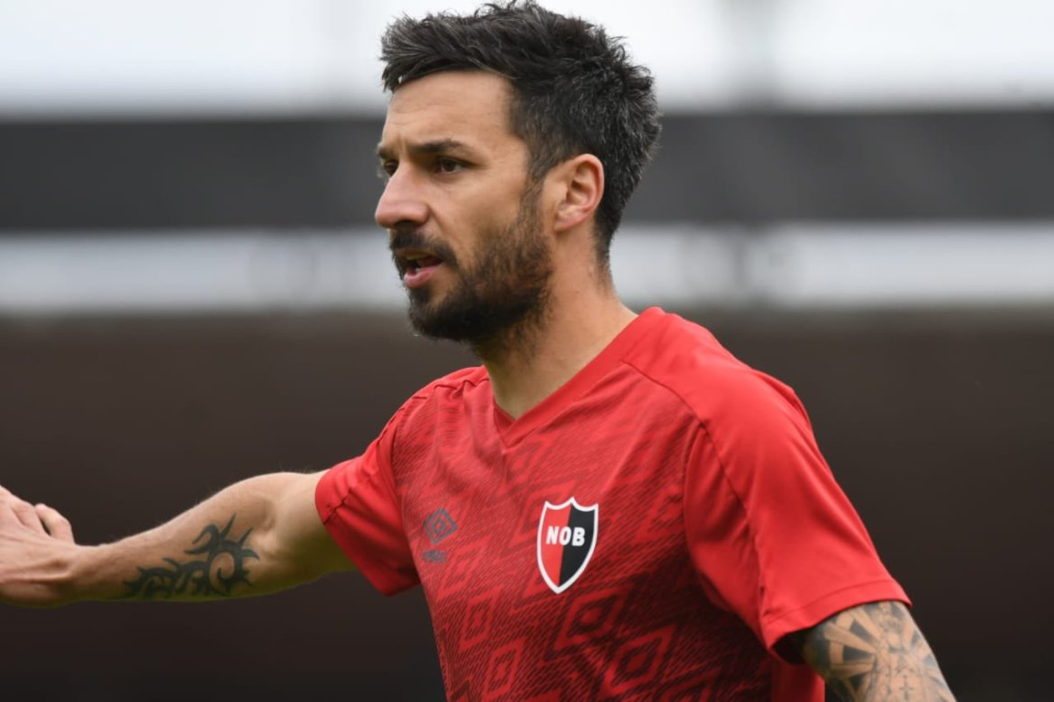Newell's 1-1 Atlético de Rafaela: Scocco's spectacular lob earns another draw