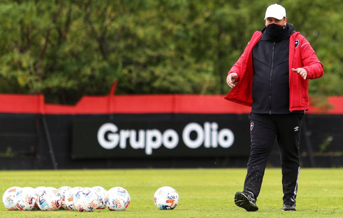 The Burgos era begins at Newell's with Unión the visitors on Friday night