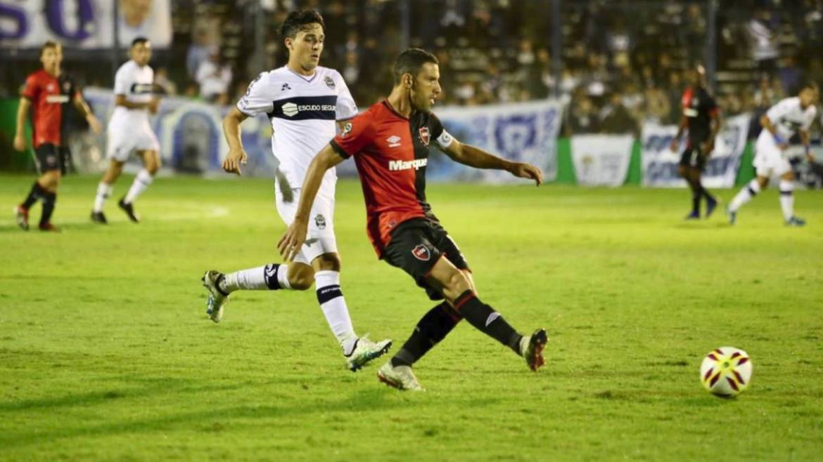 Gimnasia the first of 3 important games in the next week for Newell's Old Boys