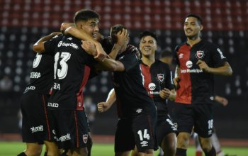 Newell's celebrate against Patronato