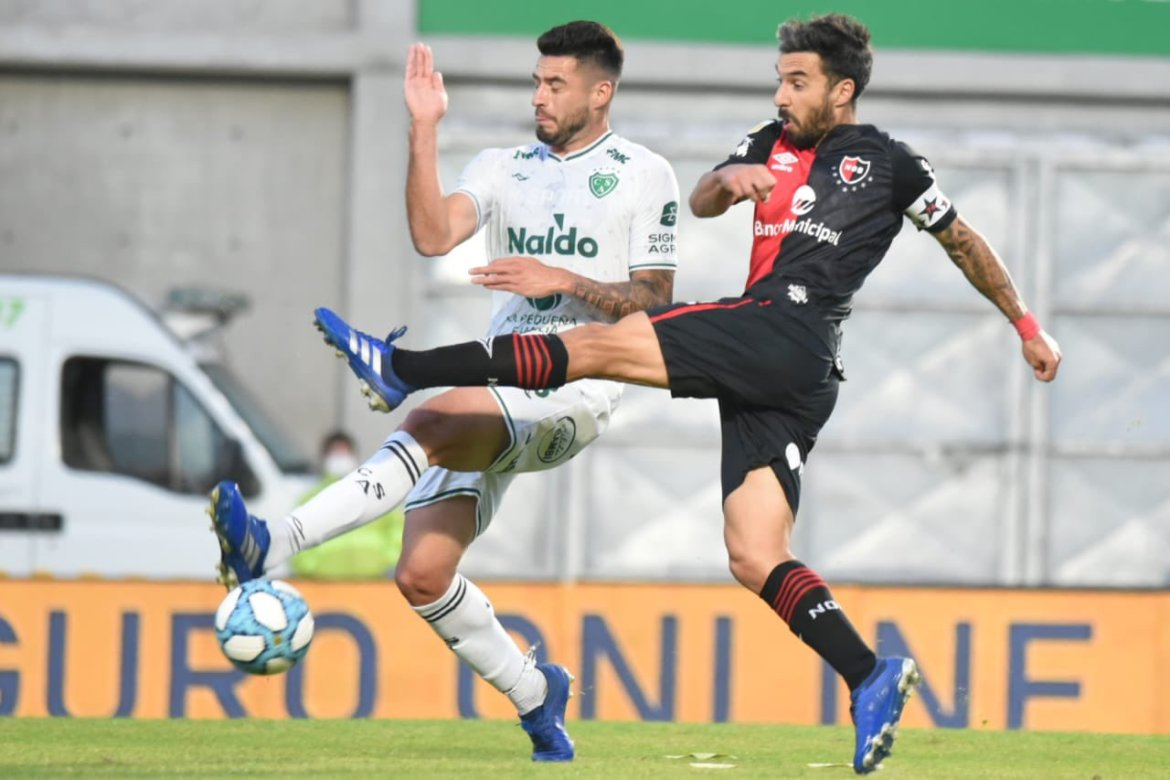 Newell's 0-1 Sarmiento: Lema and Fernández sent off as La Lepra implode
