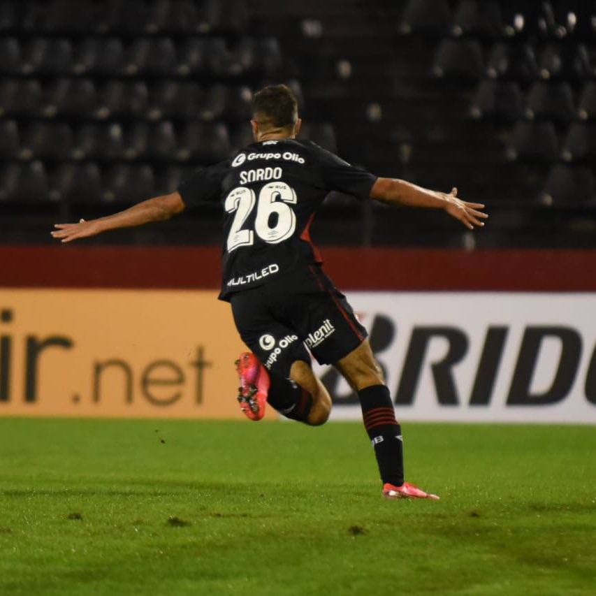 Newell's 3-1 Palestino: young Lepers impress in Sudamericana victory