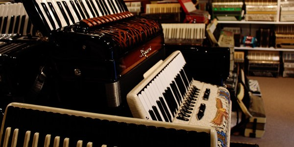 New-England-Accordion-Museum-Exhibit-Canaan-CT-13