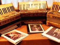 New-England-Accordion-Museum-Exhibit-Canaan-CT-AAA-accordion-convention-2014-display-AN-ACCORDION-STORY-DISPLAY