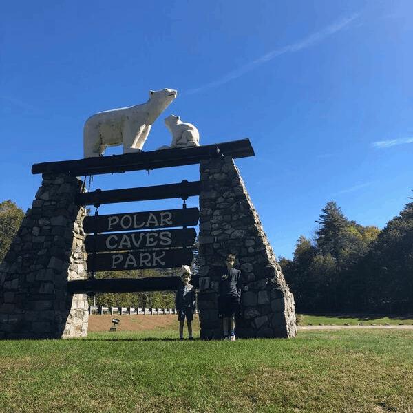 The larg polar caves nh sign