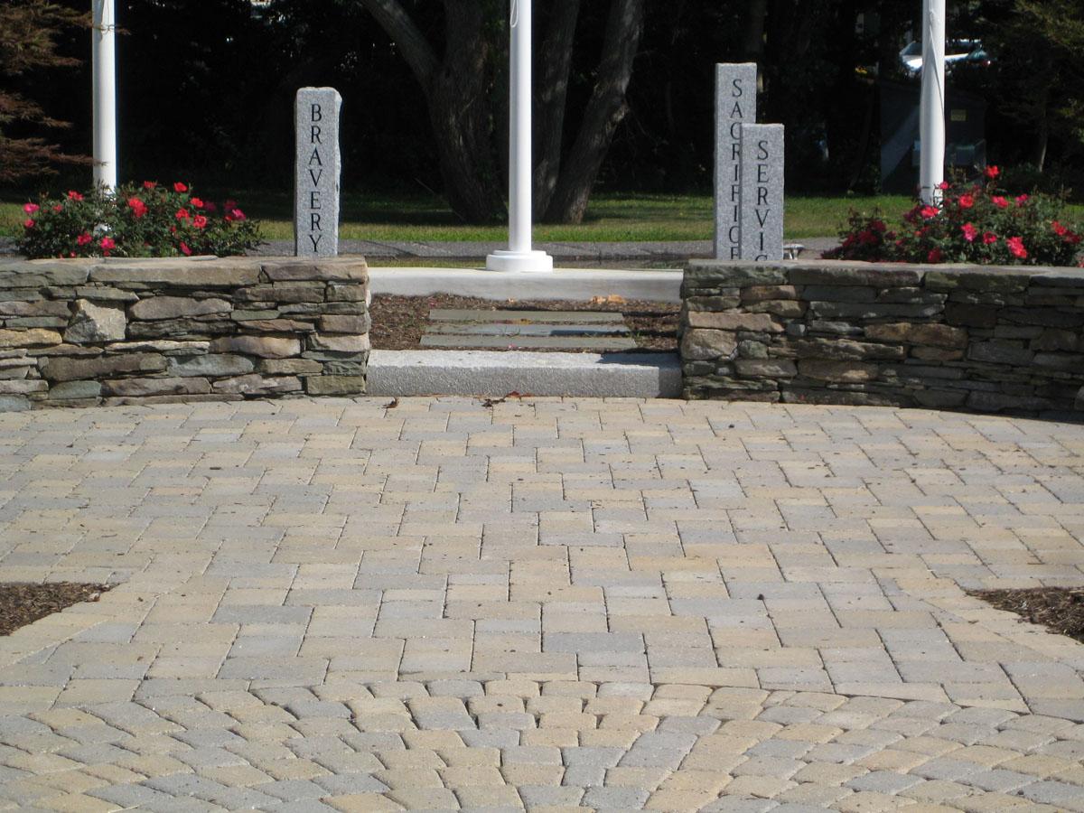 Interlocking Concrete Pavers  Retaining Walls in Connecticut