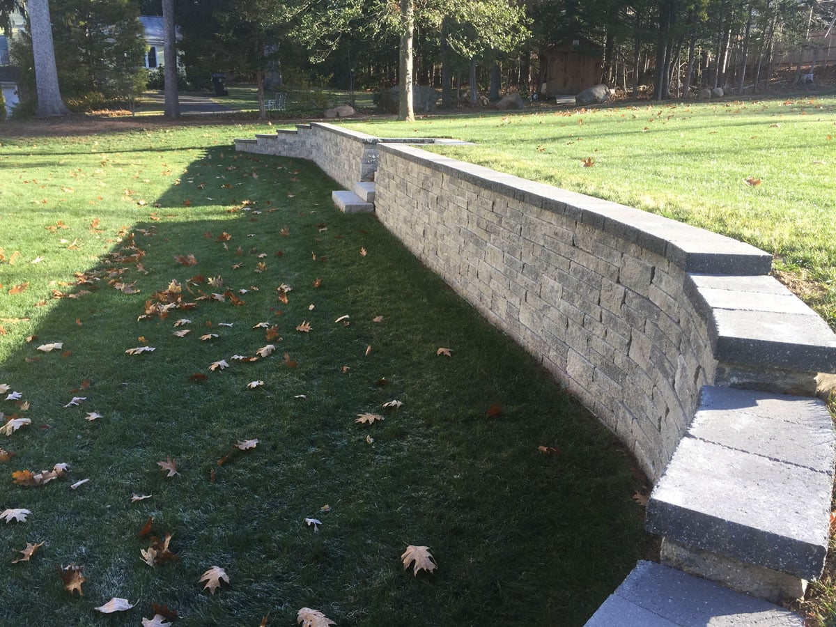 Interlocking Concrete Pavers  Retaining Walls in Connecticut