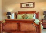luxury-condo-belize-bedroom6-770x386