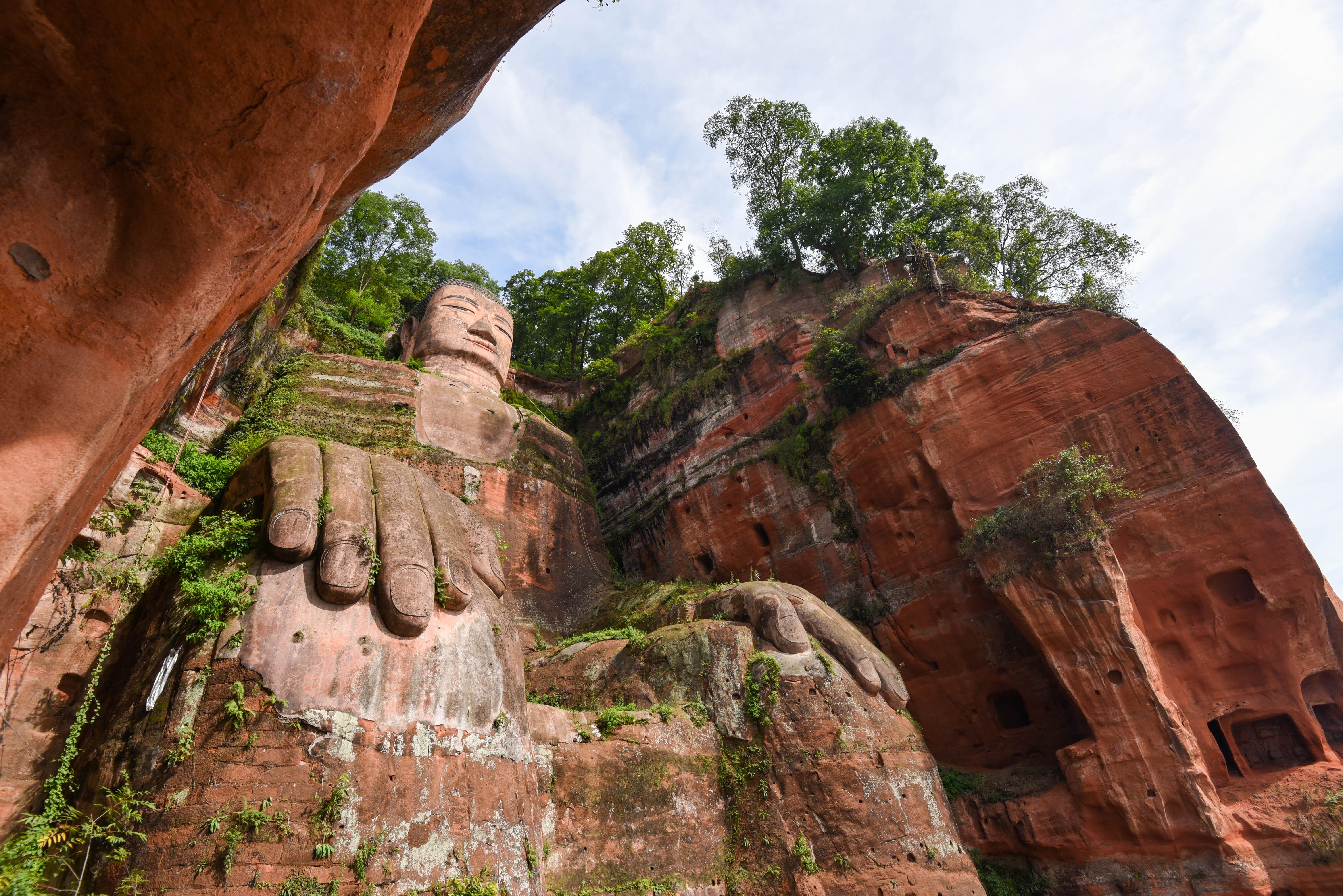 Voir le bouddha géant de Leshan @neweyes