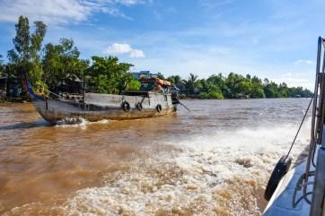 Bateau pour aller au Cambodge depuis le Vietnam @neweyes