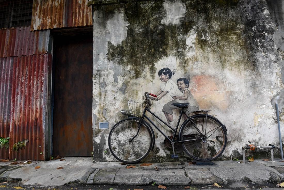 Les enfants sur la bicyclette @neweyes