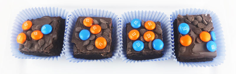 Poorman's-chocolate--covered-candy-brownies-(2)