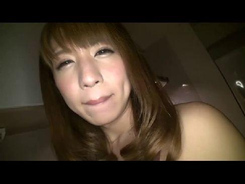 激カワギャルのような男の娘の君野ここがホテルでハメ撮りしてる長編のニューハーフ動画