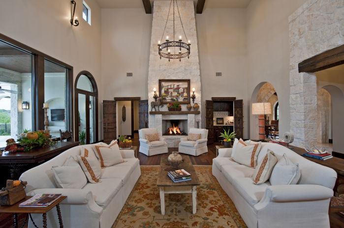 Global Decor Works In This Santa Barbara Style Austin Home