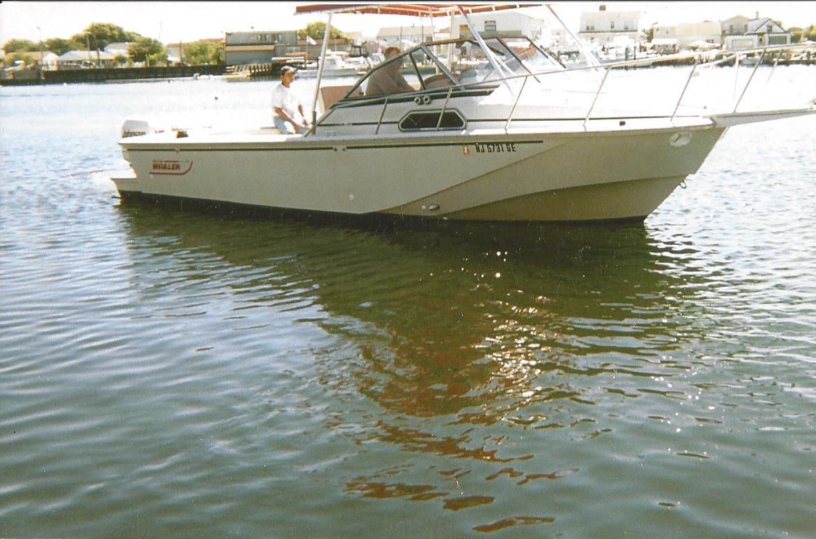 1989 Boston Whaler 27 Full Cabin Express Power Boat For Sale