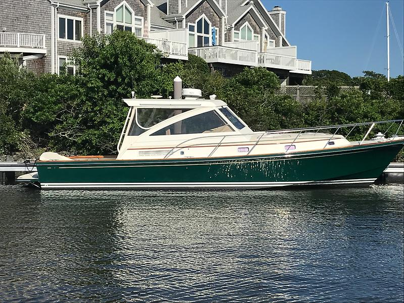 Boston Yacht Yacht Sales Amp New Boat Dealers