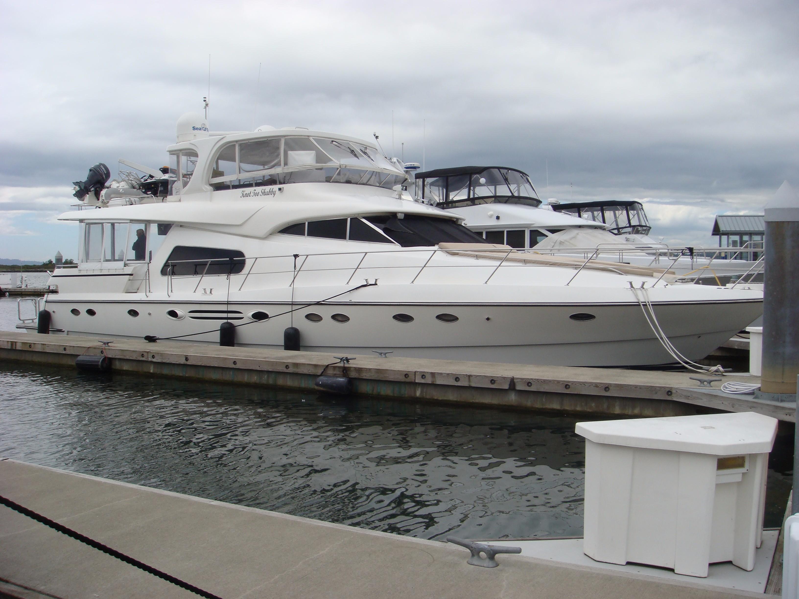 2005 Johnson 70 Johnson MotorYacht Power Boat For Sale