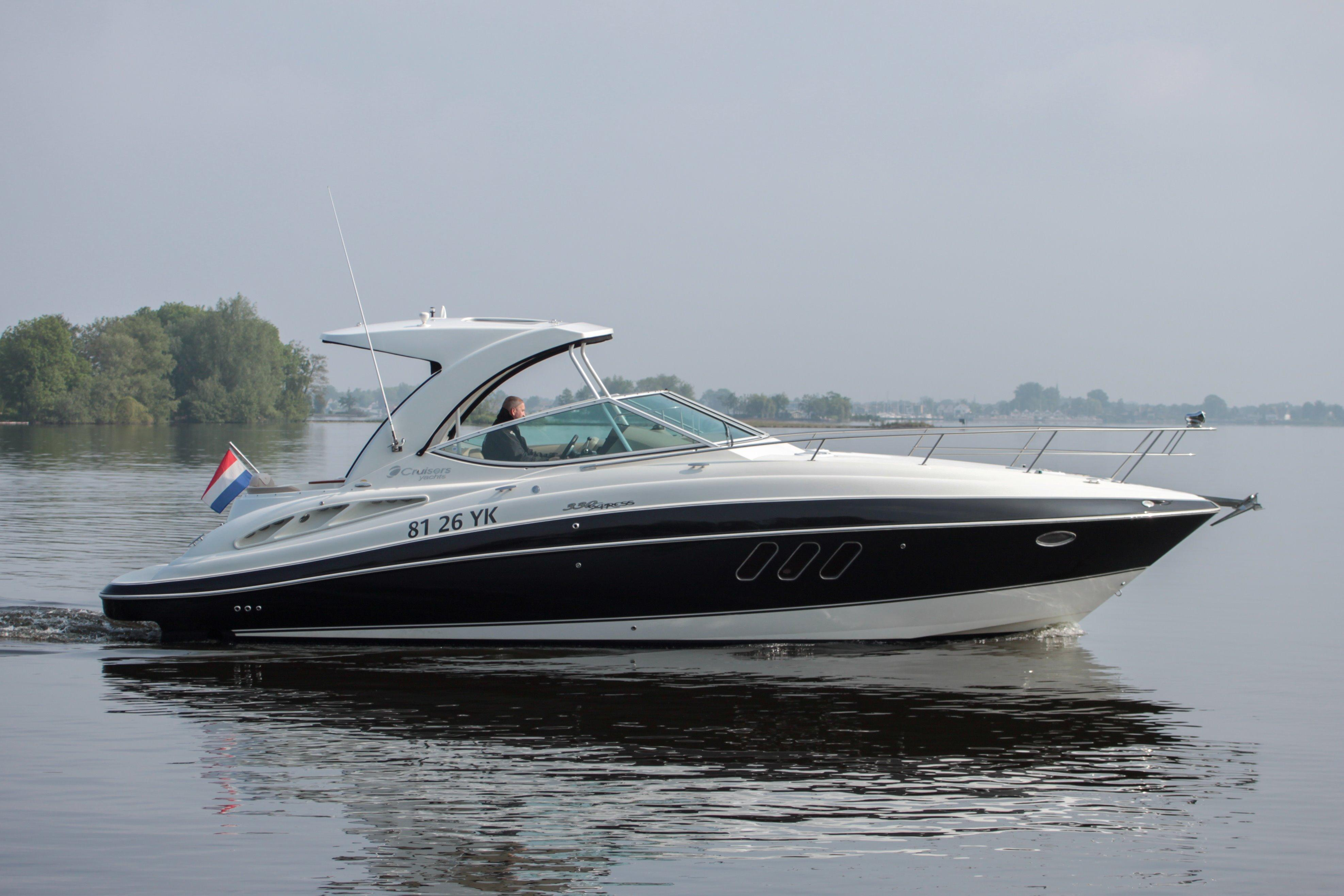 2010 CRUISER YACHT 330 Express Power New And Used Boats