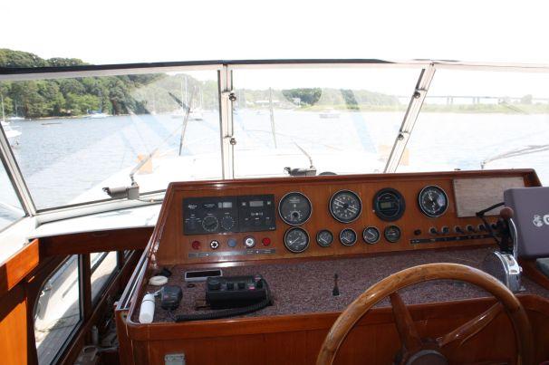 1985 Lowland 471 Trawler Power Boat For Sale Www