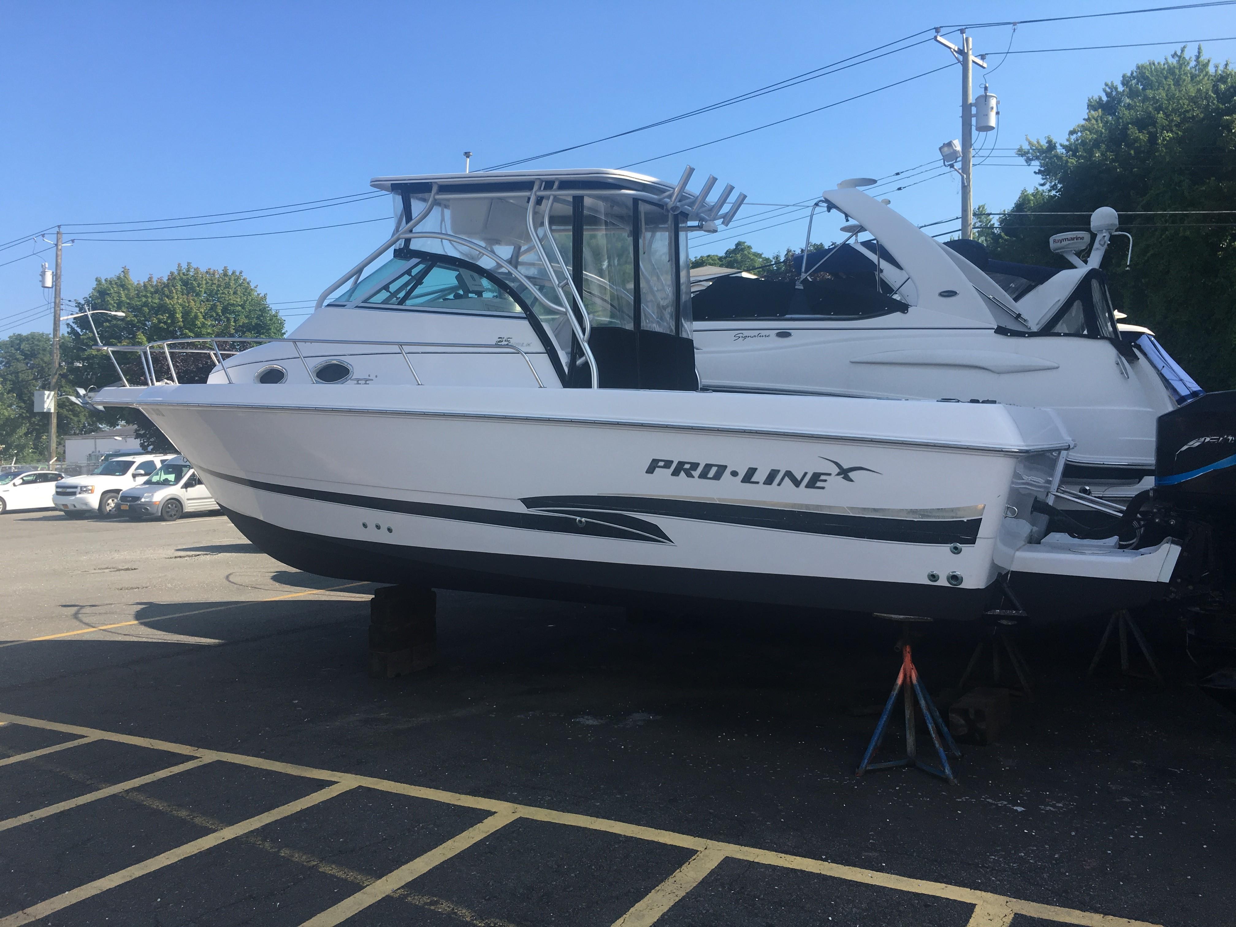 2000 Pro Line 25 Walkaround Power Boat For Sale Wwwyachtworldcom