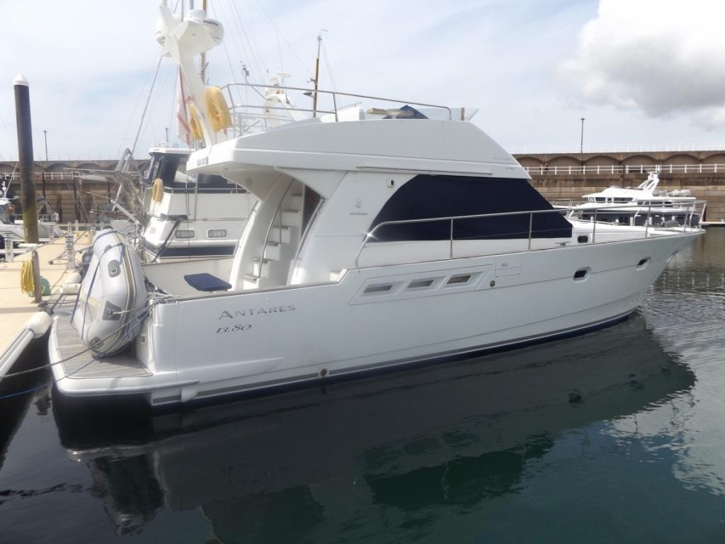 2005 Beneteau Antares 1380 Power Boat For Sale Www