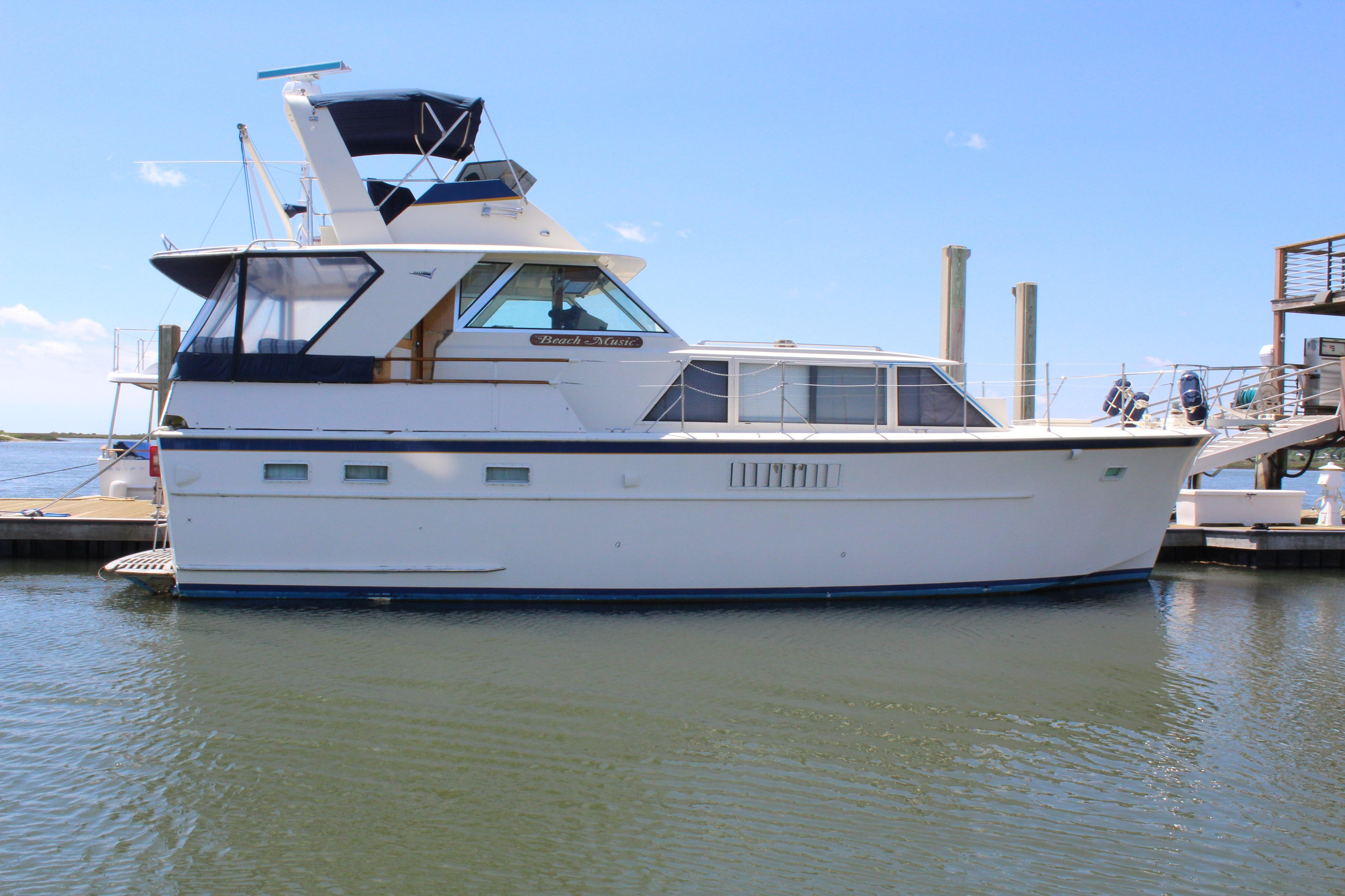 1970 Hatteras 44 Tri Cabin Motor Yacht Power Boat For Sale