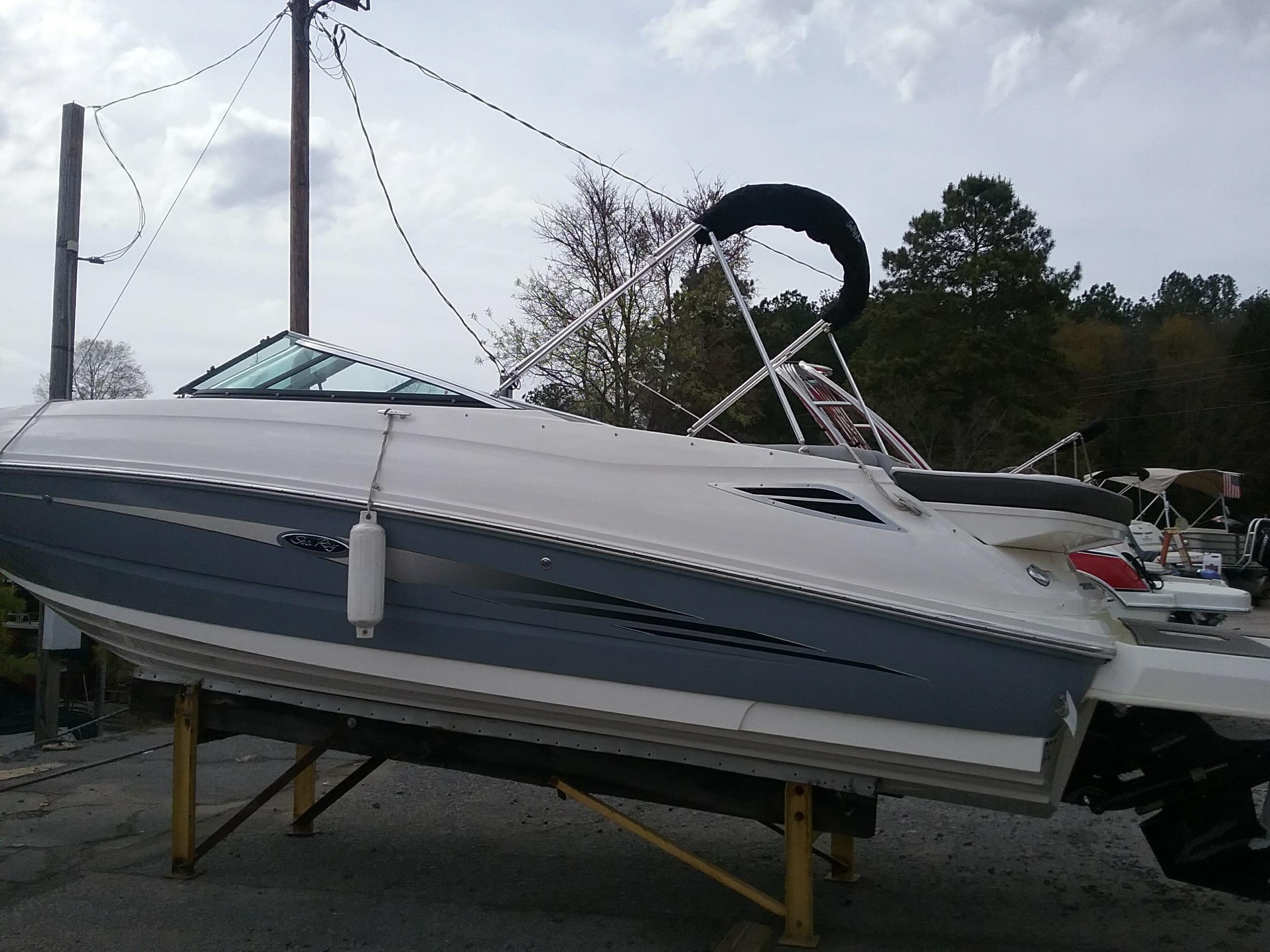 1999 Sea Ray Sundeck 240 - Year of Clean Water