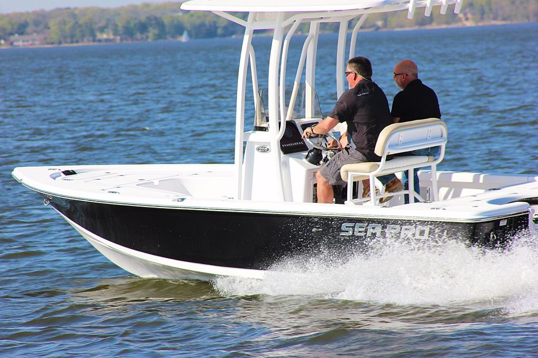 2018 Sea Pro 208 DLX Bay Power New and Used Boats for