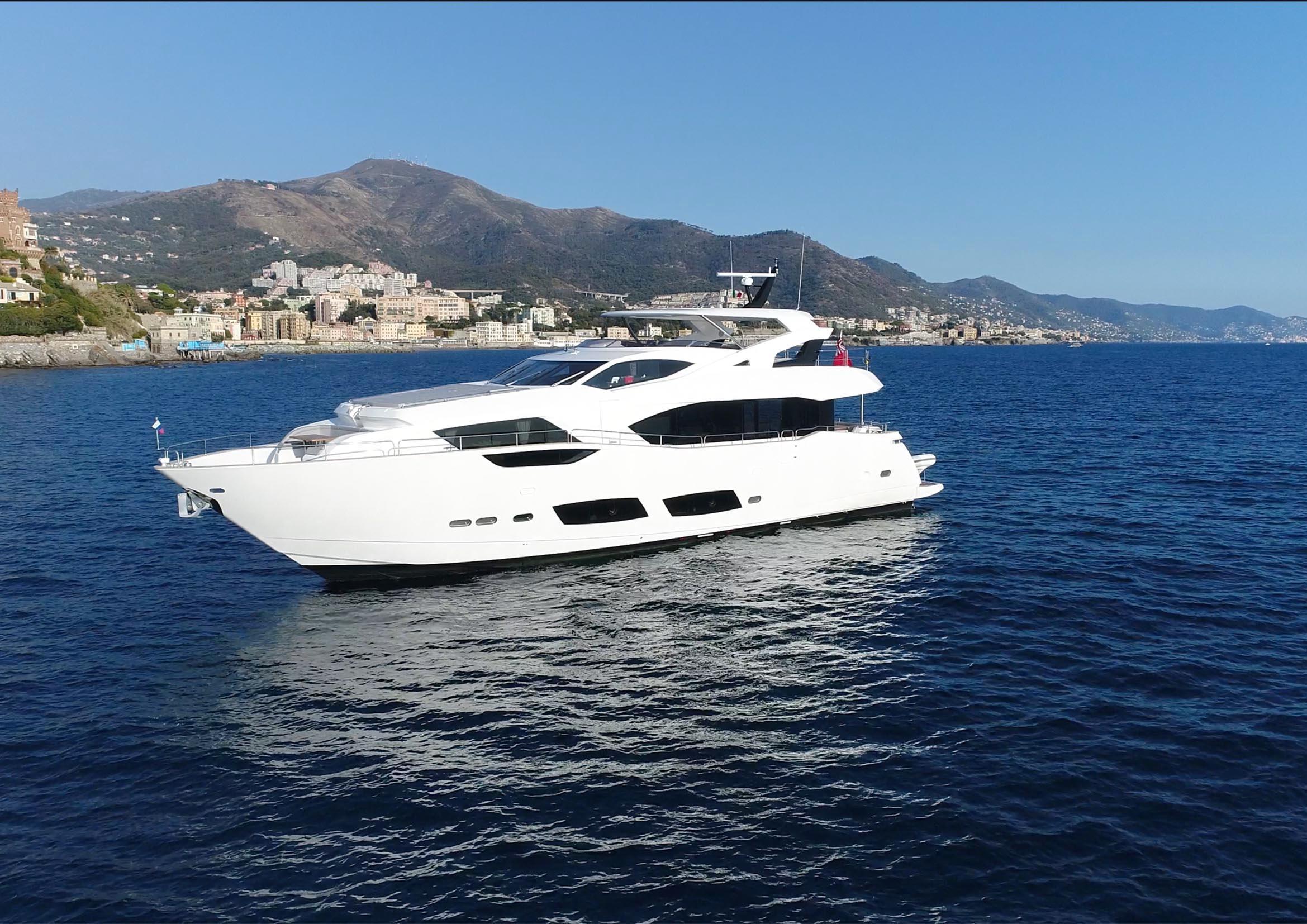 2017 Sunseeker 95 Yacht Power Boat For Sale - Www.Yachtworld.Com