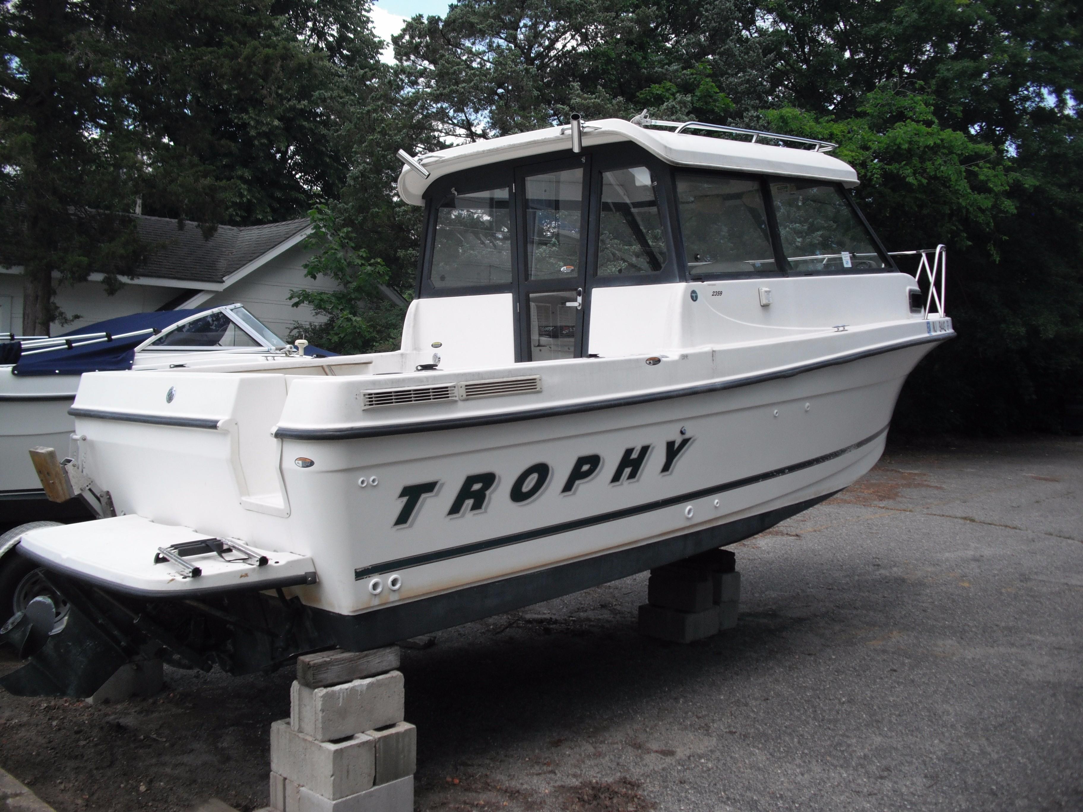 2001 Trophy 2359 Hardtop WA Power Boat For Sale Www