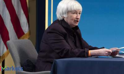 Janet Yellen open to US banks paying dividends, repurchasing stock