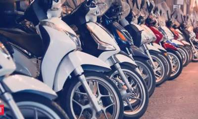 'Fastest adoption of electric vehicles expected in 2-wheelers, 3-wheeler sectors'