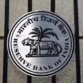 RBI imposes Rs 10 crore penalty on HDFC Bank for irregularities in auto loan book