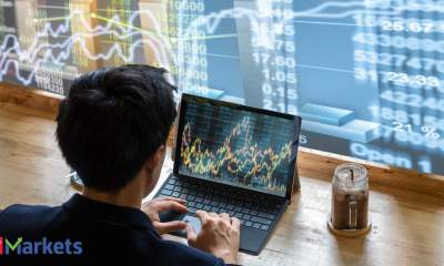 Tech View: Nifty50 forms bearish candle after indecisive formations, suggests weakness