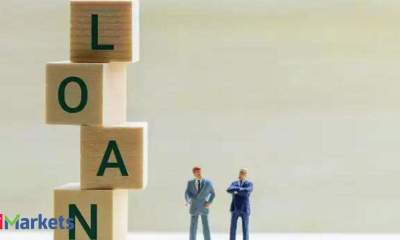Blackstone, ADIA, UC and GIC in talks to raise $1.1 bn loan for Mphasis