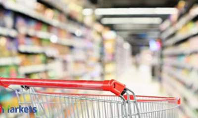 Resilient shoppers push US retail sales up 0.7% in September