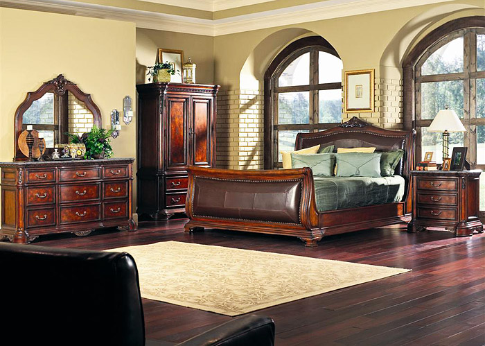COASTER NEWCASTLE KING UPHOLSTERED SLEIGH BED