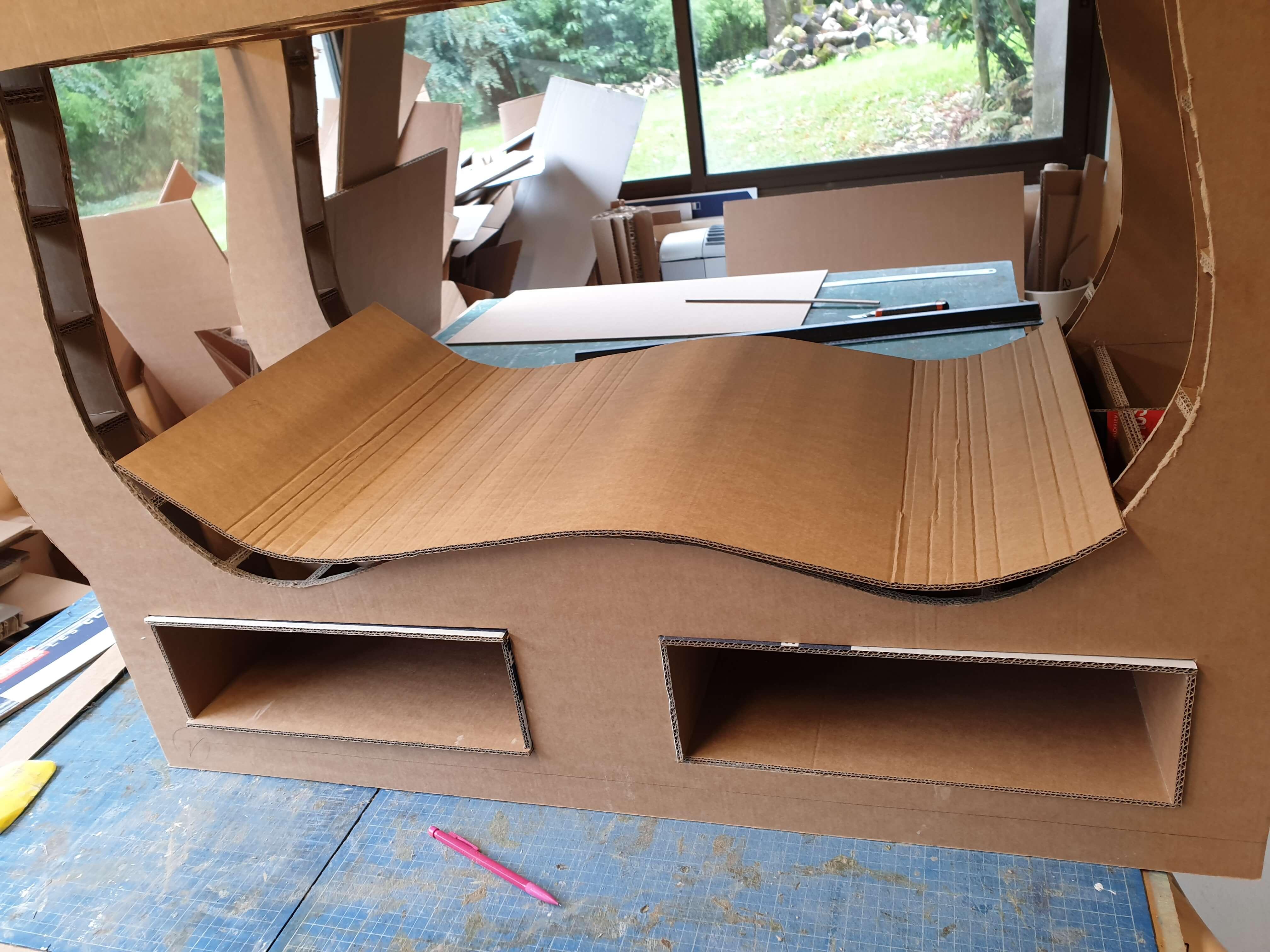 Habiller L Arrière D Un Meuble comment fabriquer un meuble en carton ? - newjess