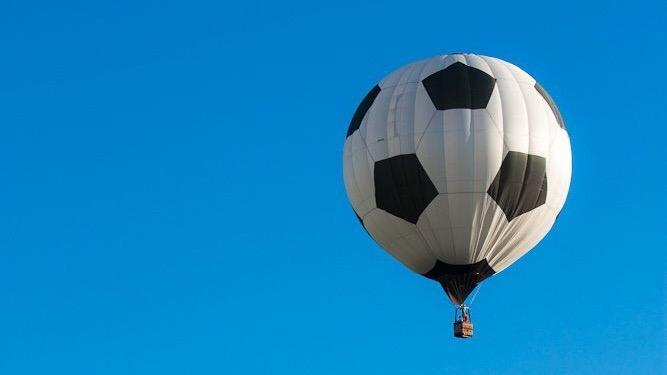 世界初⁈ IT×サッカースタートアップで、世界一のサッカークラブを創る
