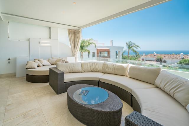 elegant modern apartment in Sierra Blanca