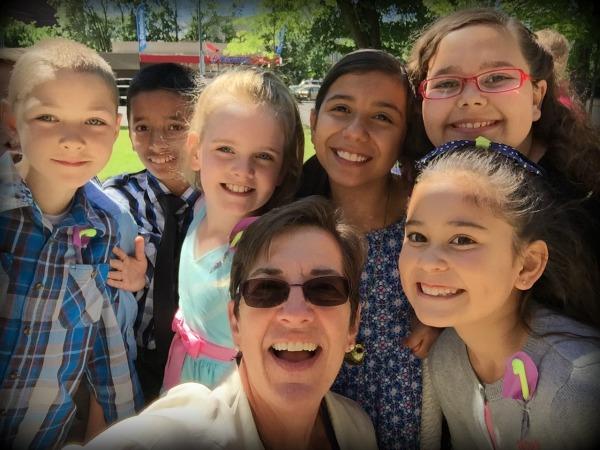 mary poppins selfie kids