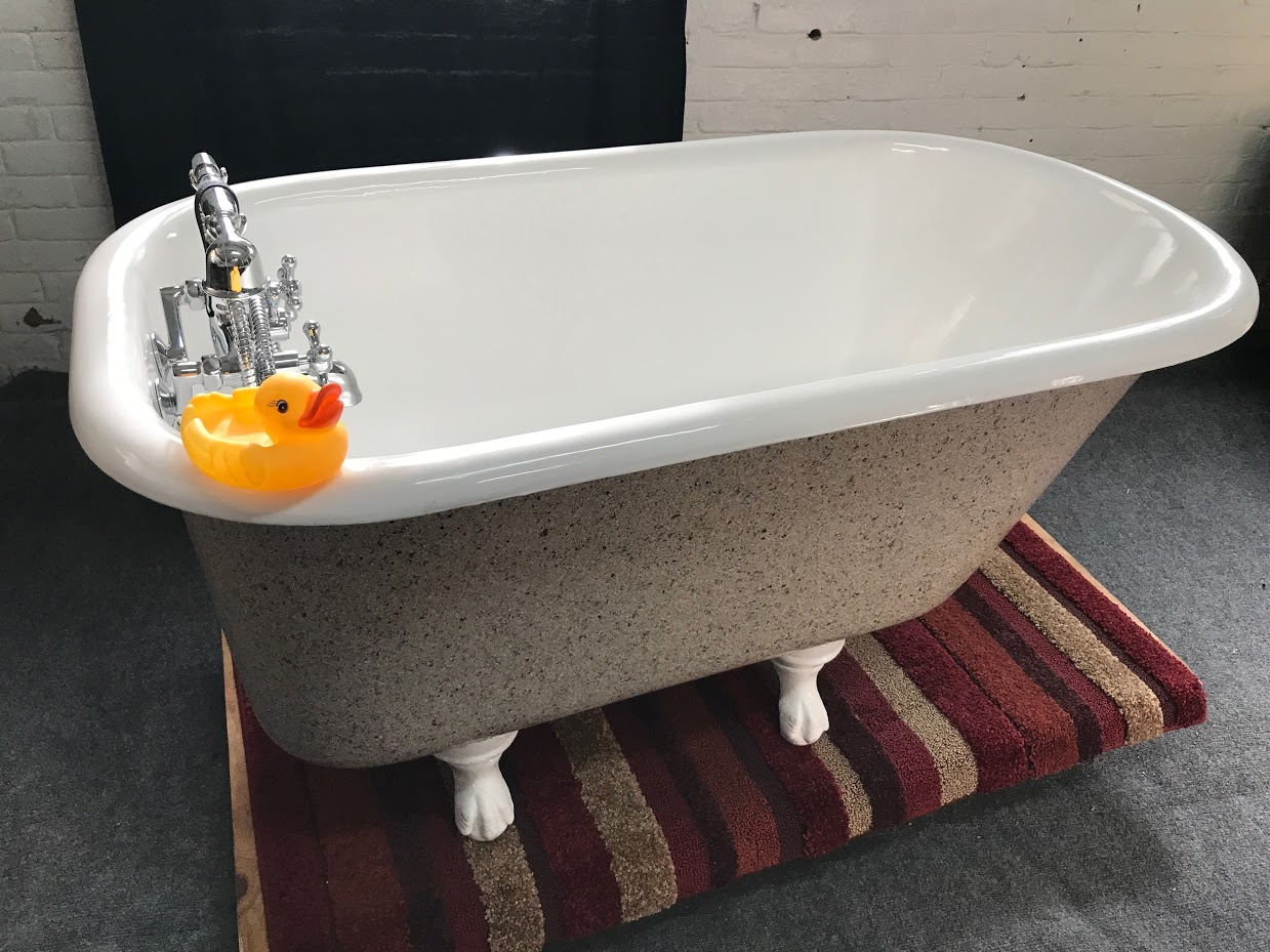 Clawfoot Bathtubs - A Short History and Useful Information