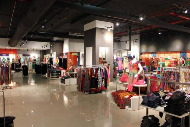 Globus launched a new outlet in Phoenix Market City, Chennai.