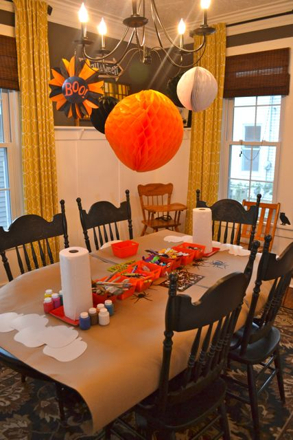 Kid Room Friendly Dining Decor