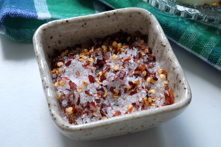 Thai Chilli Salt (Prik-kab-klua) – 3 ingredients