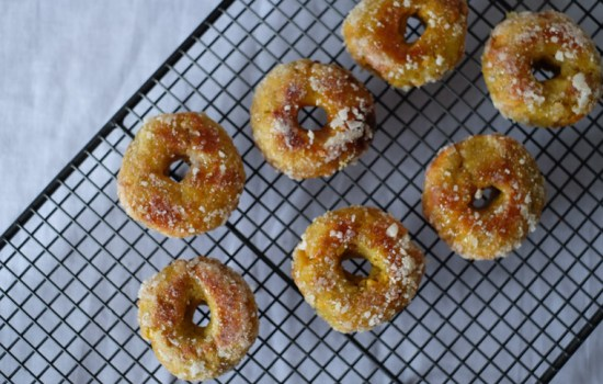 Kuih Keria/ Malaysian Sweet Potato Doughnuts – 5 Ingredients
