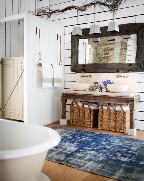 raising-the-barn-bathroom-0615